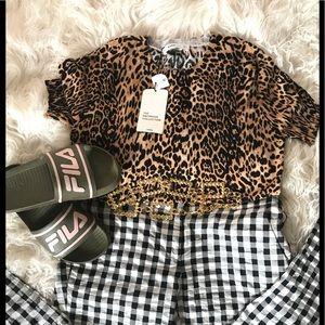Zara Leopard print short sleeve knit sweater